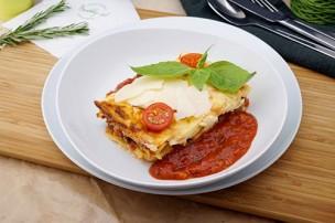 Gemüse Lasagne mit Blattspinat & Kirschtomaten