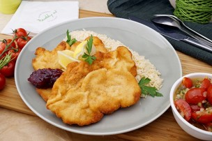 Gebackene Hühnerbrust mit Reis & Tomatensalat