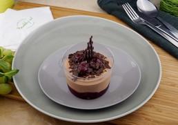Schokoladen Mousse mit marinierten Weichseln