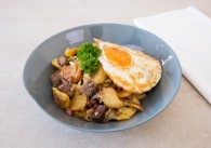 Original Tiroler Gröstl mit Ei