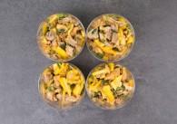 Snacksalat Mango-Ente mit Frühlingszwiebel und Koriander 4 Stk